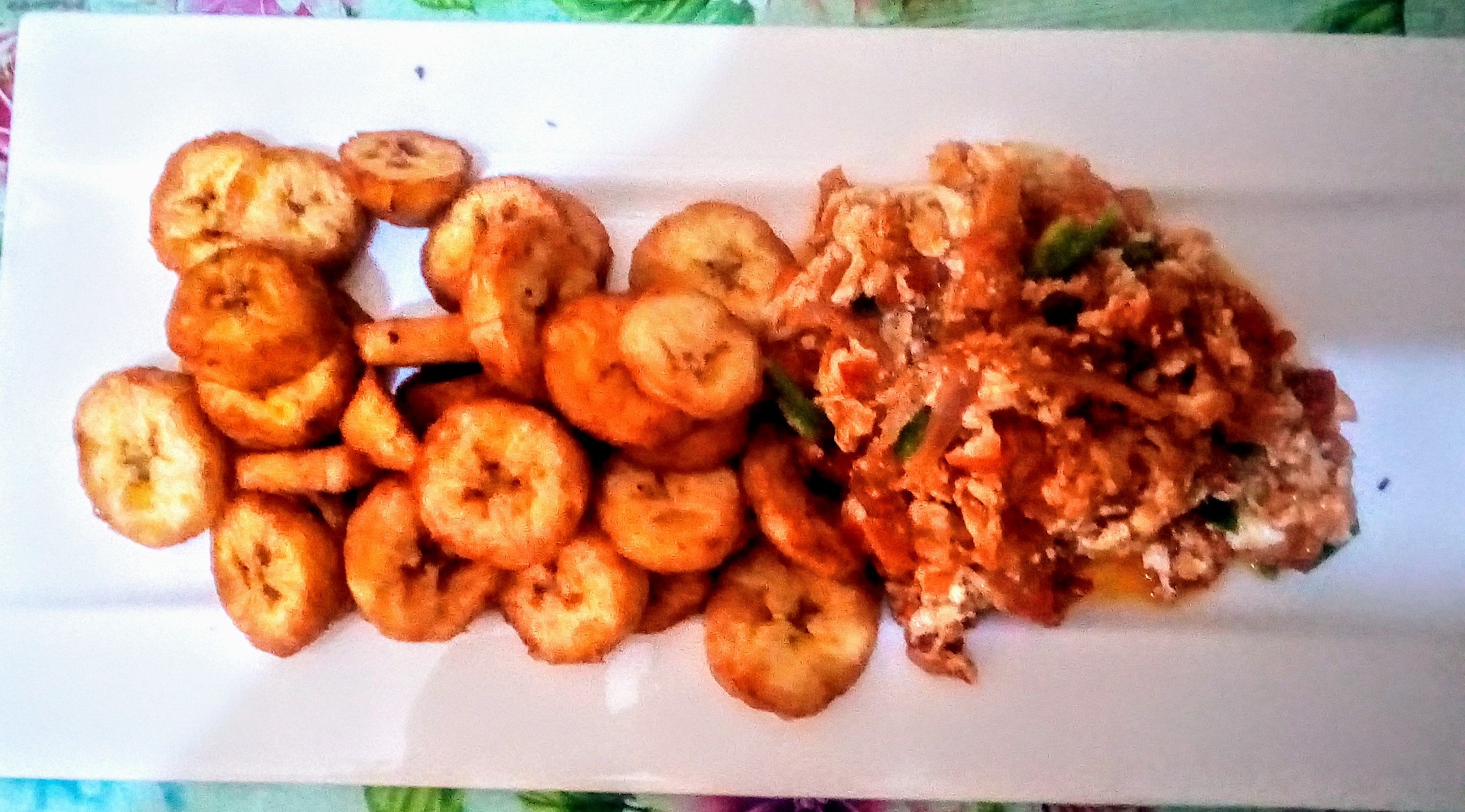 Fried plantain and egg sauce